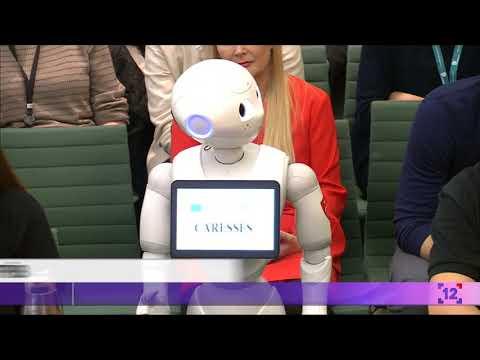 Робот кращий за міністрів