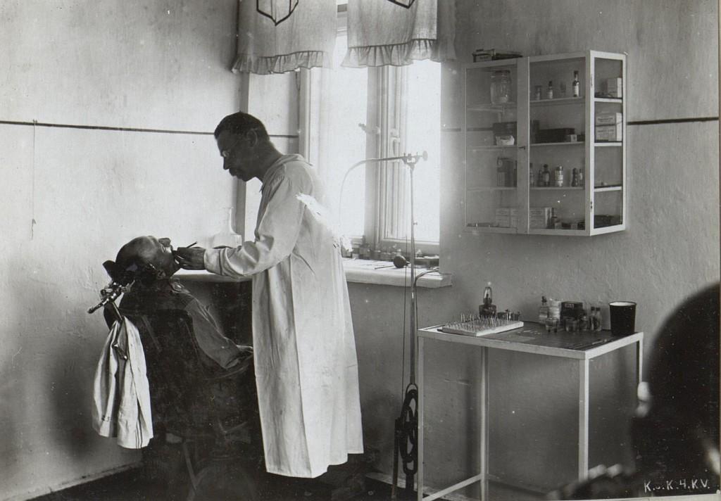 Zahnärztliches Feldambulatorium Wl.Wolinsky.
