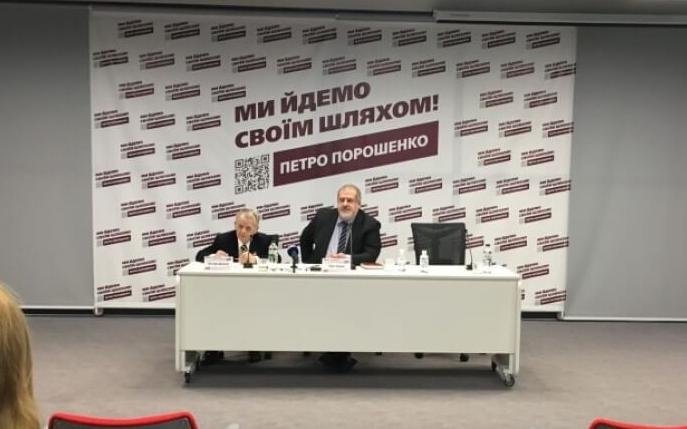 Швидко звільнити Крим може тільки Порошенко, – лідери Меджлісу