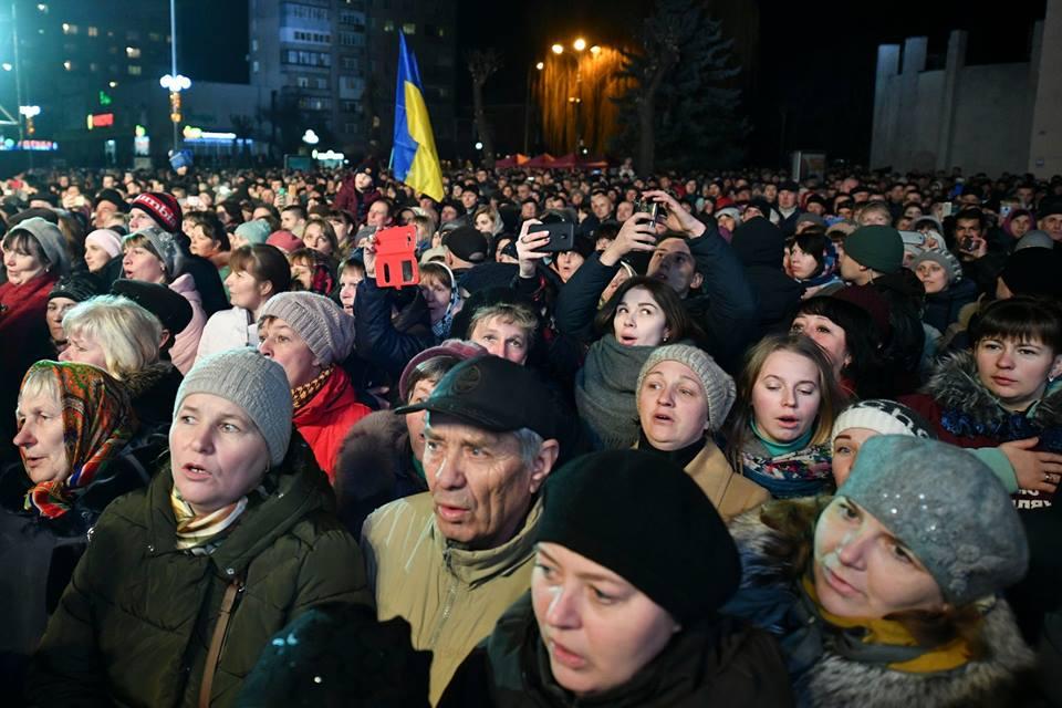 Порошенко показав фото з поїздки на Волинь. ФОТО
