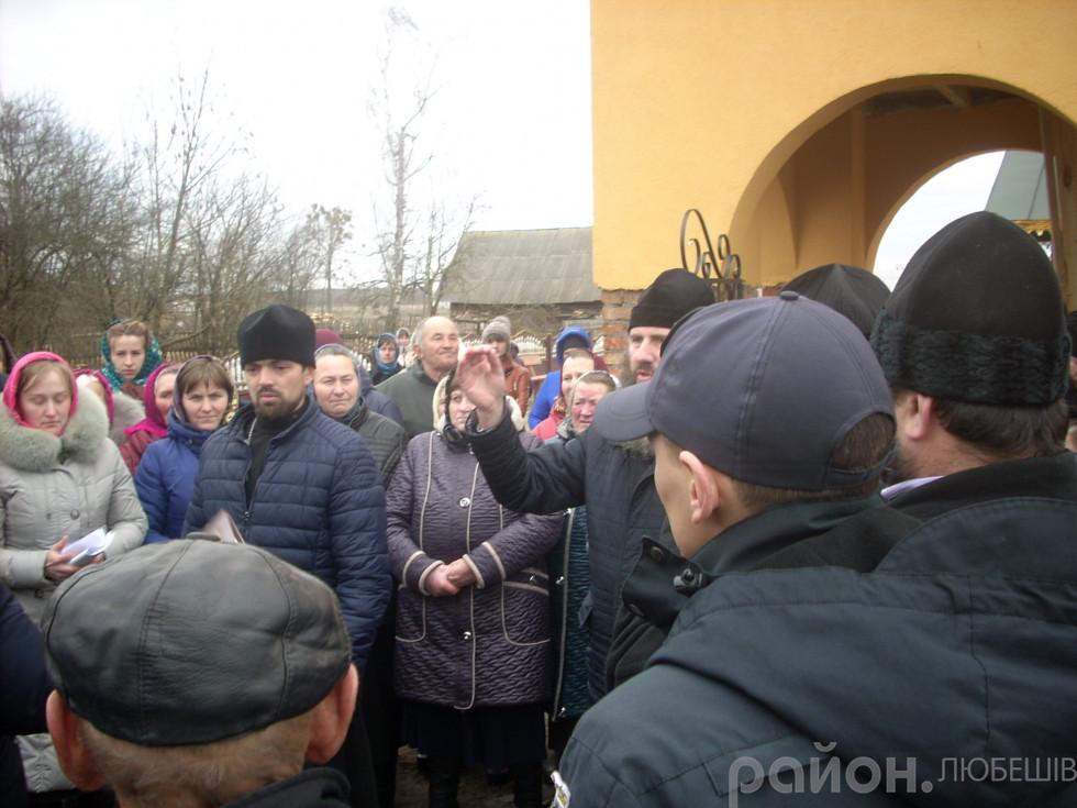 На Любешівщині вперше заговорили про вихід храму з УПЦ МП. ФОТО