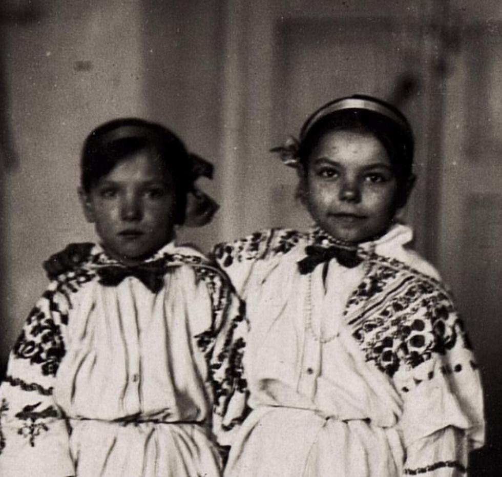 Діти на Волині 100 років тому. РЕТРОФОТО