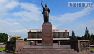 Pamyatnik-Marii-v-Nalchike-7