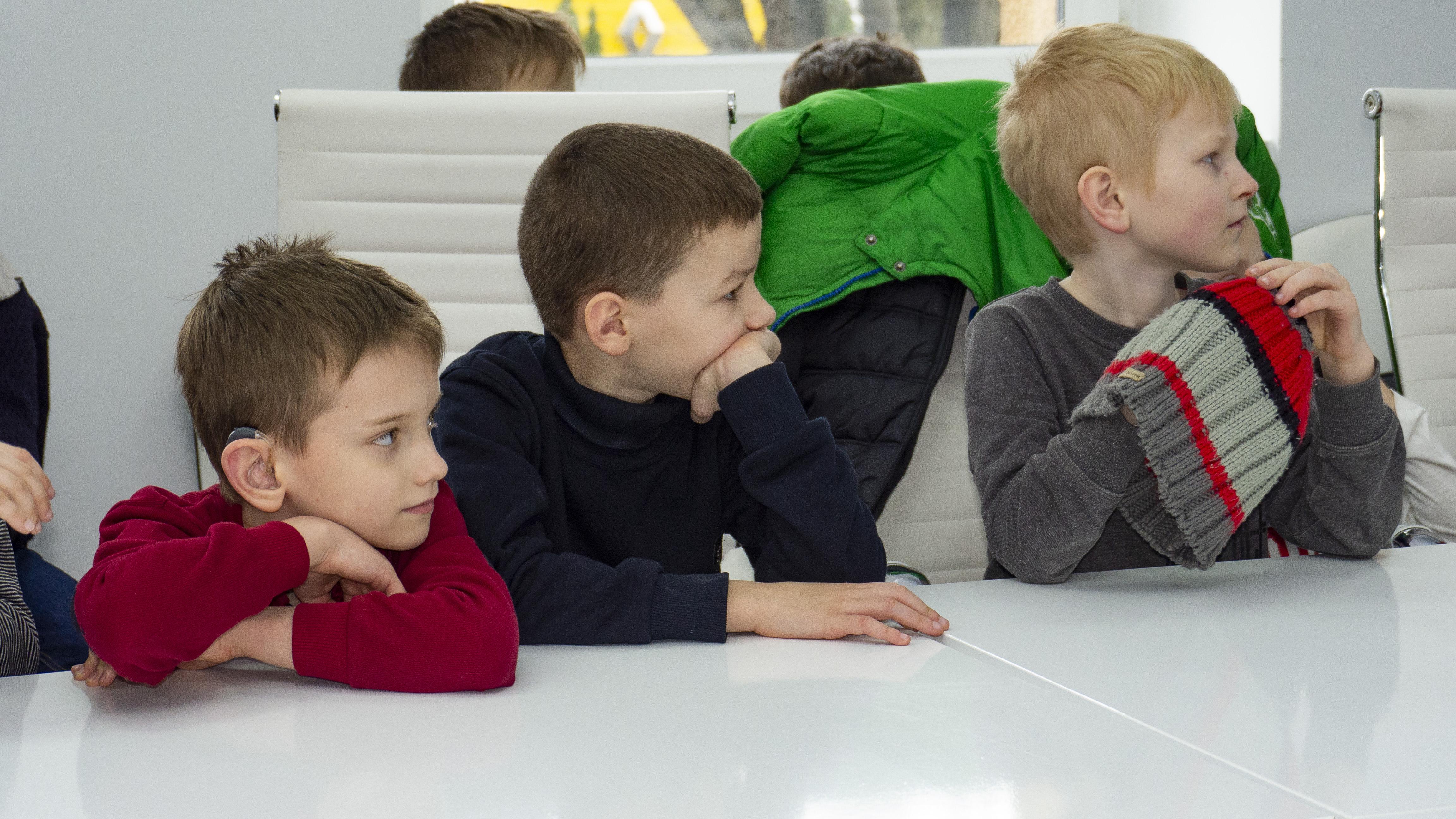 """Відкритий день на 12-му: канал """"окупували"""" школярі. ФОТО"""