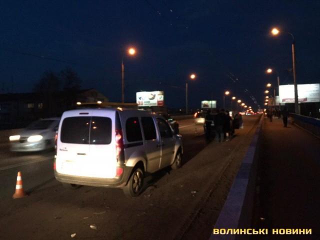 У Луцьку – аварія за участі двох легковиків. ФОТО. ВІДЕО