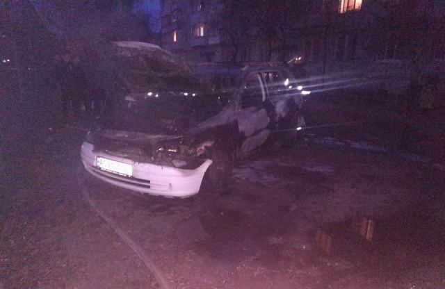У Луцьку загорілася машина. ФОТО