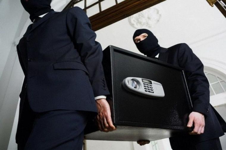 Винесли сейф: ковельську фірму обікрали на 1,3 мільйона гривень