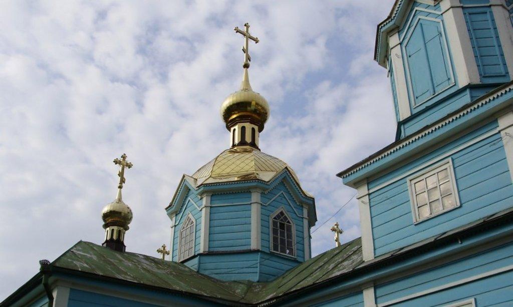 У Луцьку церкву розписали сатанинськими знаками. Замовники провокації – з Росії