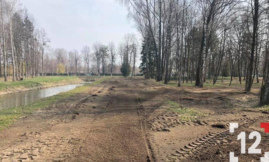 У центральному парку Луцька буде нова алея. ФОТО