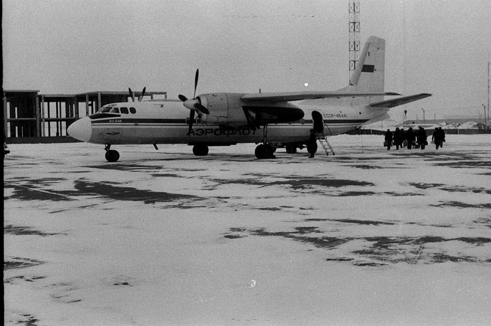 35 років тому з нового аеропорту під Луцьком відправили перший пасажирський літак. РЕТРОФОТО