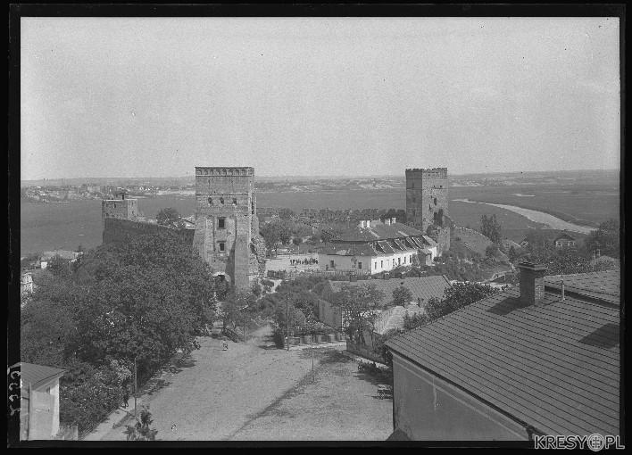 Луцький замок сто років тому. РЕТРОФОТО