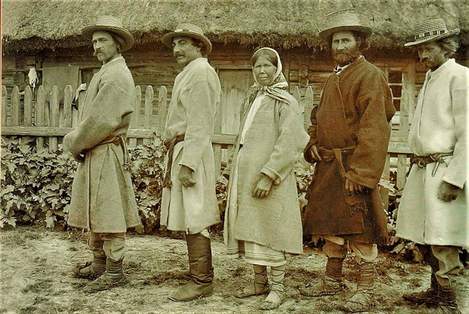 Поліські модники на початку ХХ століття. РЕТРОФОТО