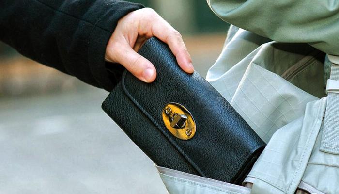 У Луцьку зловили кишенькового злодія з Донецька. ВІДЕО