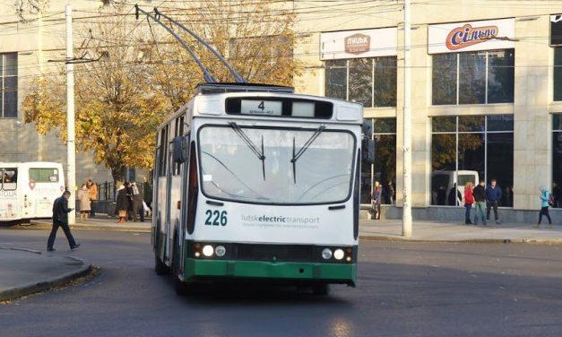 Як курсуватимуть тролейбуси у Великодню ніч у Луцьку