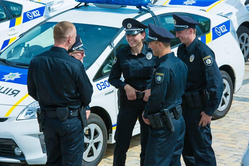 Волинян запрошують на службу в патрульну поліцію: назвали зарплату