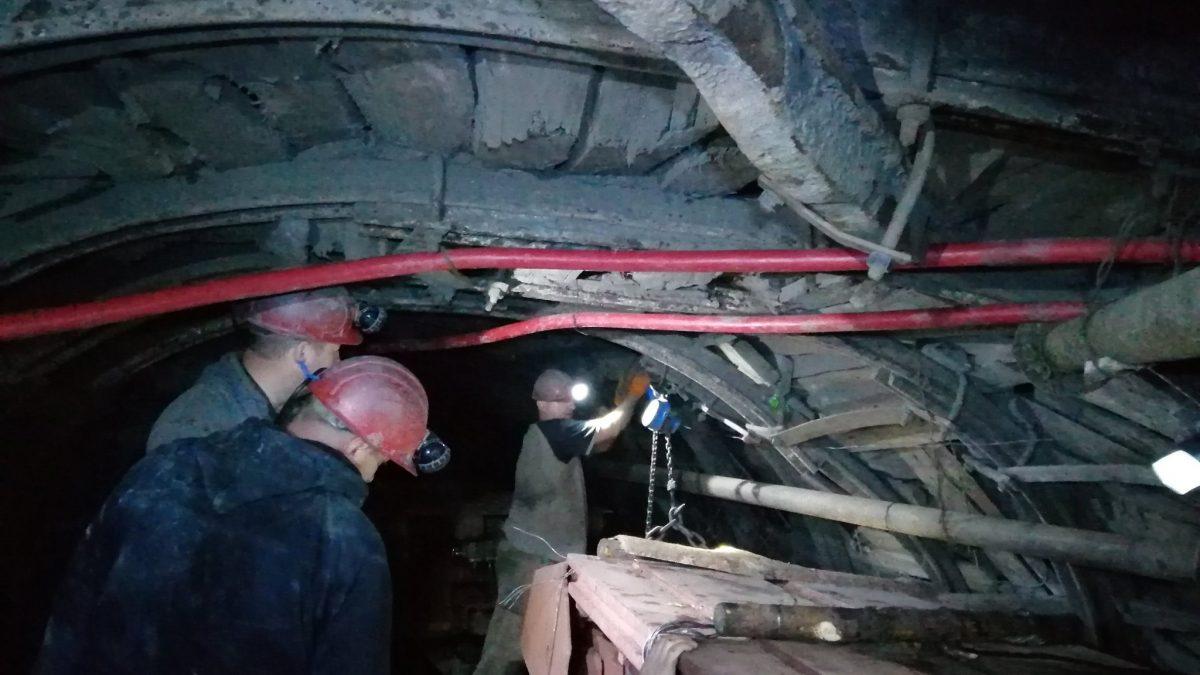 """Сотні метрів під землею: як добувають """"чорне золото"""" на Волині. ФОТО"""