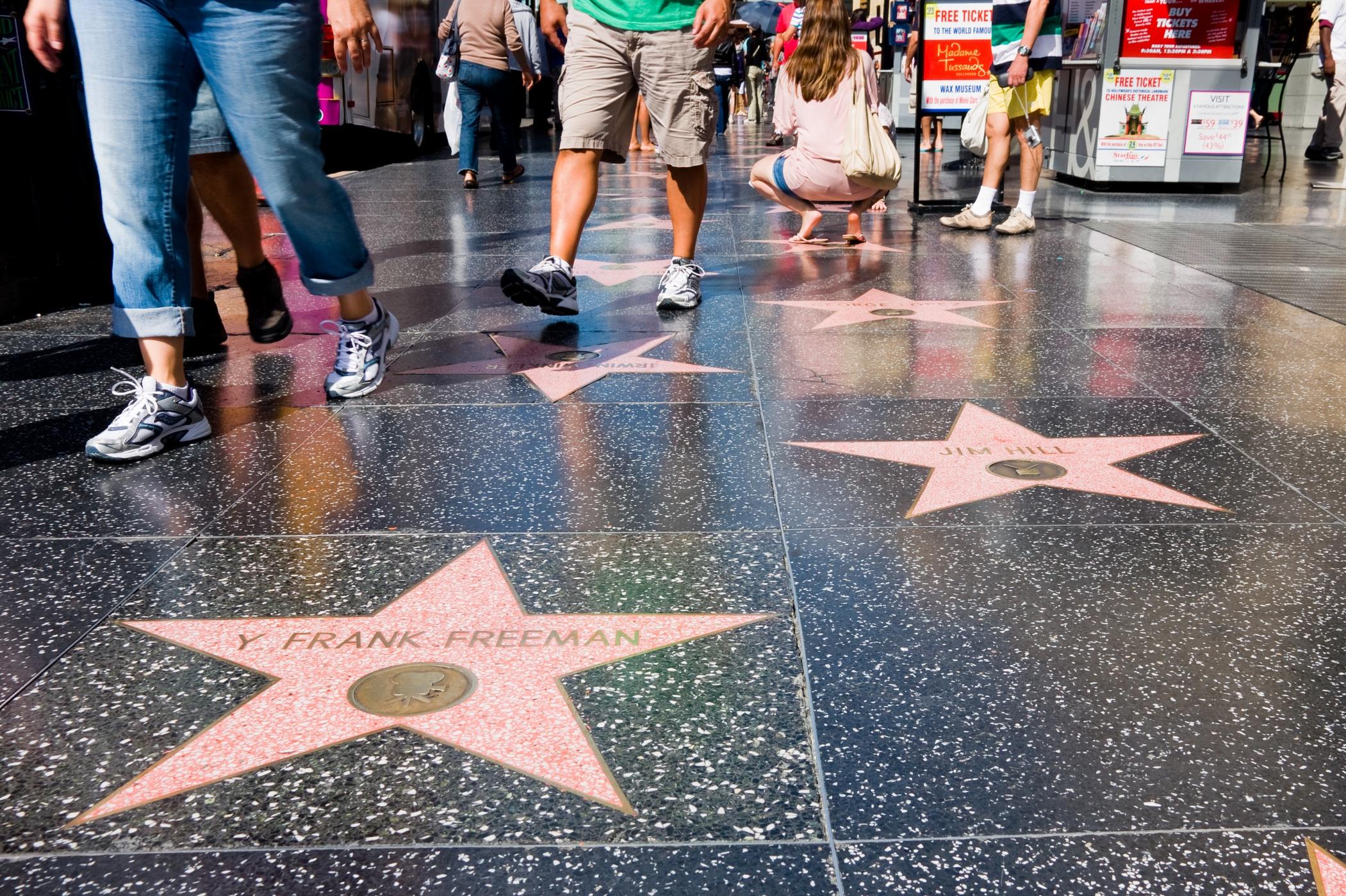 У Луцьку просять зробити  алею слави для знаменитостей