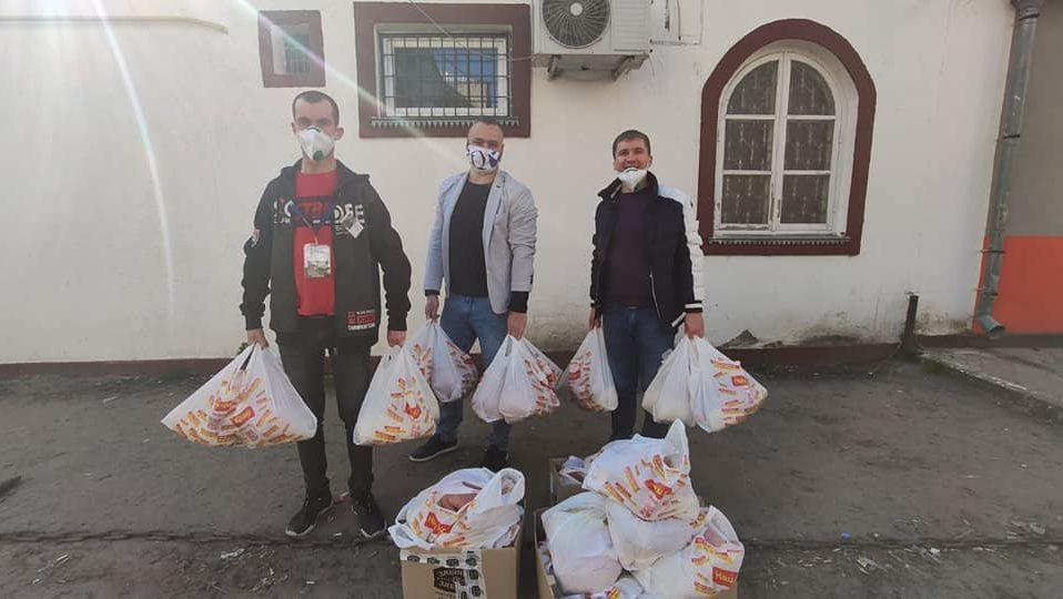 Як благодійники рятують самотніх жителів Володимира-Волинського на ізоляції