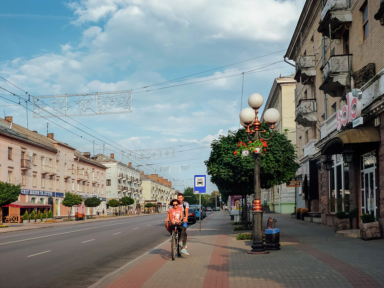 На ремонт проспекту Волі у Луцьку піде 2 роки