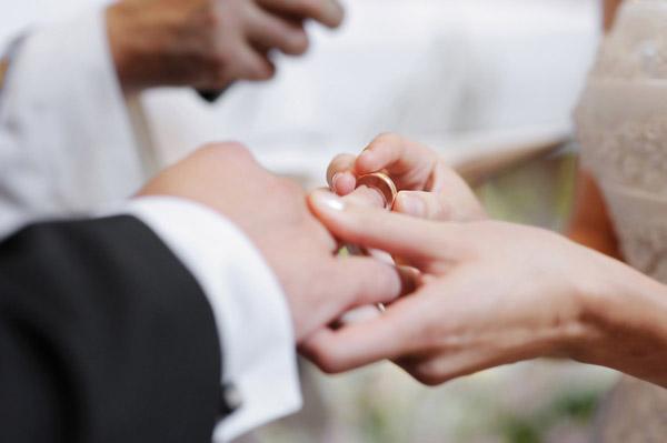 Як і за скільки одружуються з іноземцями у луцькому ЦНАПі