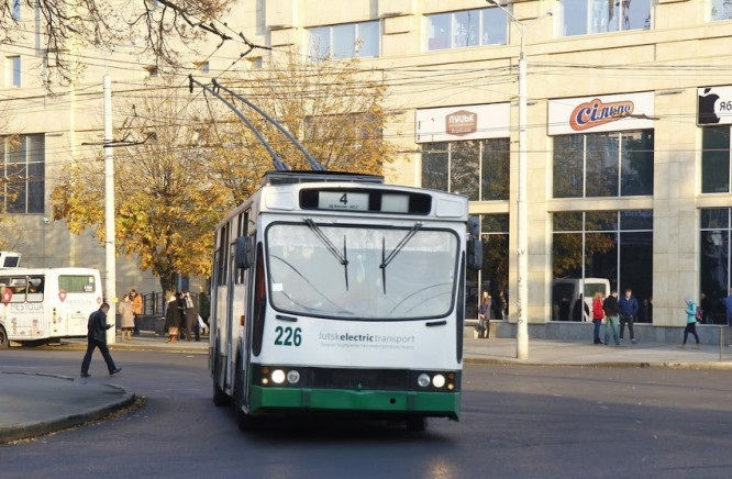Як у Провідну неділю курсуватиме громадський транспорт у Гаразджу. РОЗКЛАД