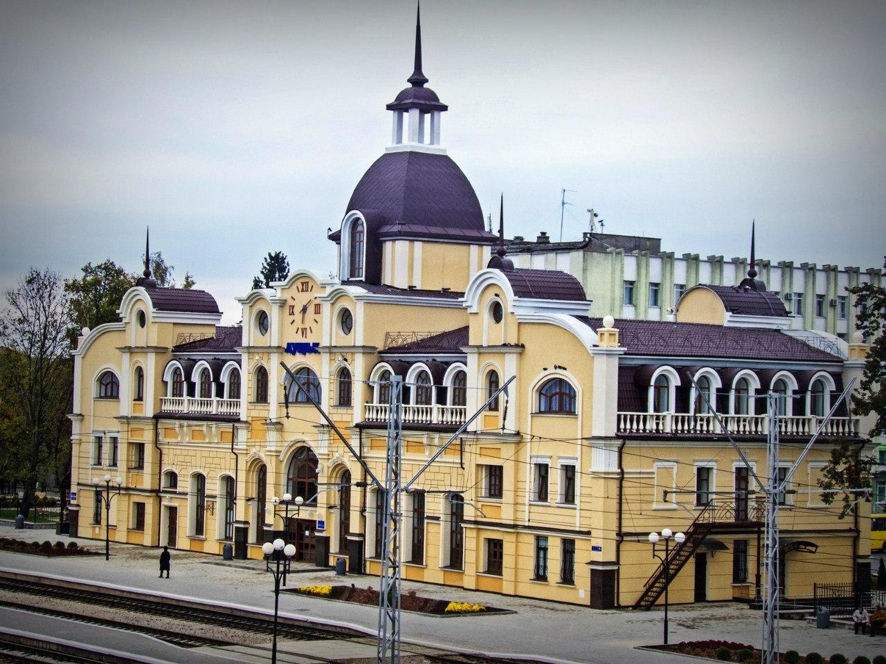 У Луцьку в районі вокзалу знайшли понад  тисячу гранат