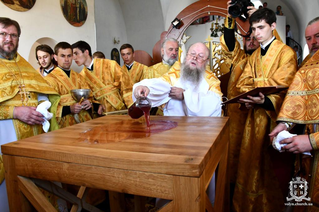 Як у селі на Волині освячували новий храм Московського патріархату. ФОТОРЕПОРТАЖ