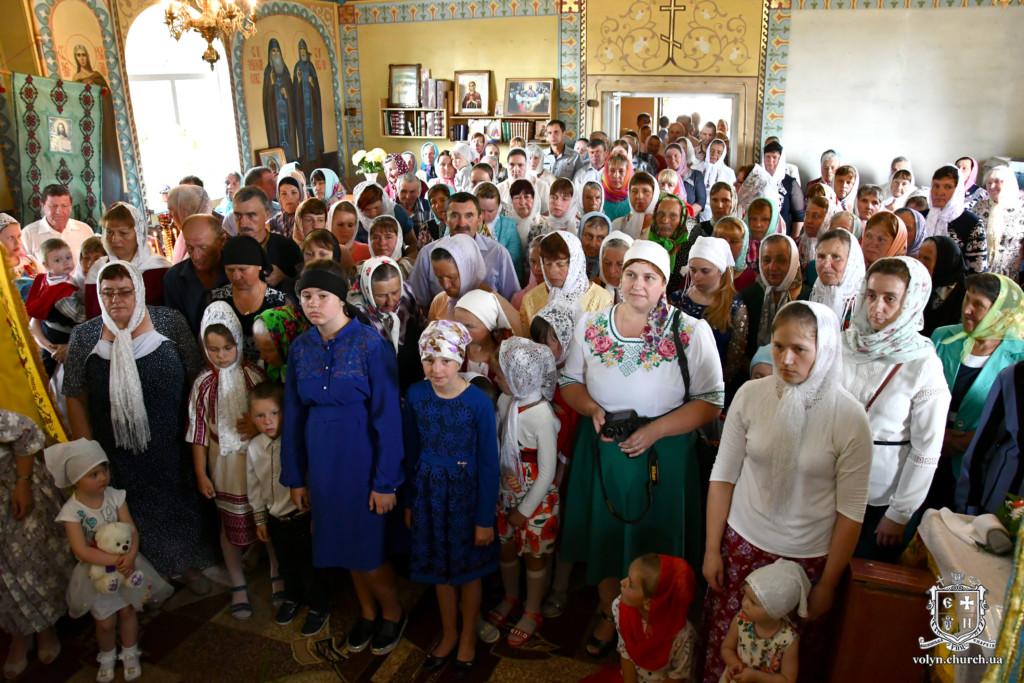 У селі на Волині відзначили ювілей храму і освятили дзвони. ФОТО