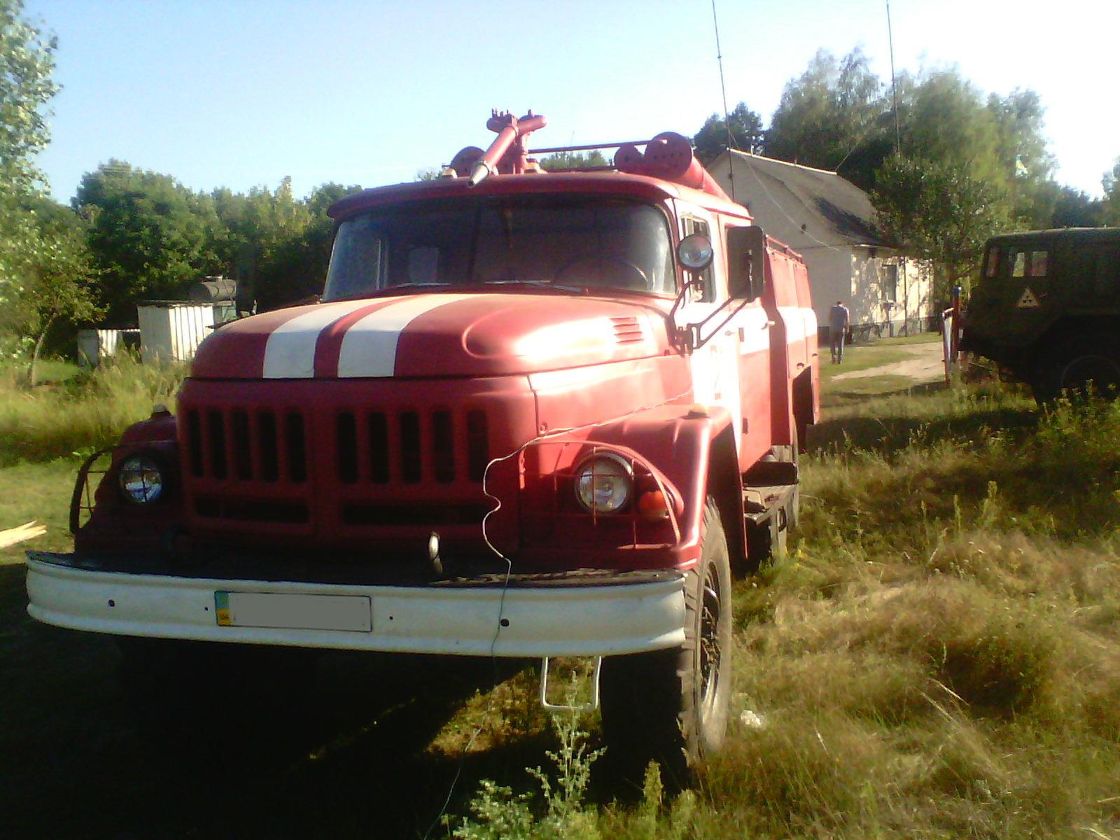 У селі на Волині до тла згорів будинок, бо не завелася пожежна машина. ВІДЕО