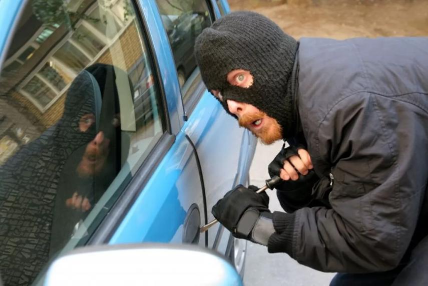 """П'яний волинянин  вкрав машину. Йому """"світить"""" до 5 років тюрми"""