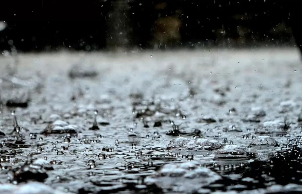 Коли у Луцьку нарешті спаде спека і піде дощ