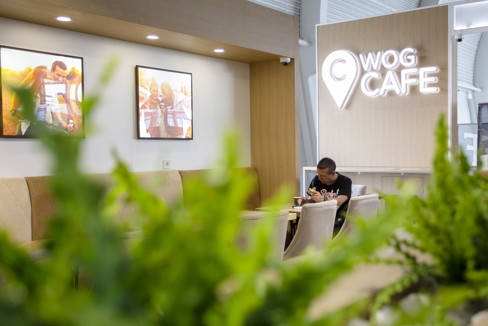 "У львівському аеропорту запрацювало нове ""WOG CAFE"""