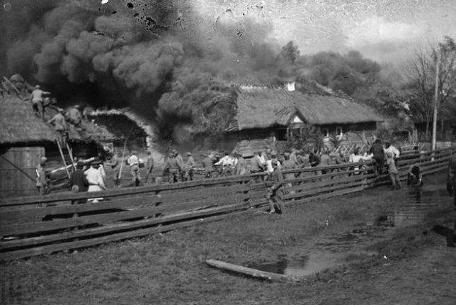 Як гасили пожежу на Волині 100 років тому. РЕТРОФОТО
