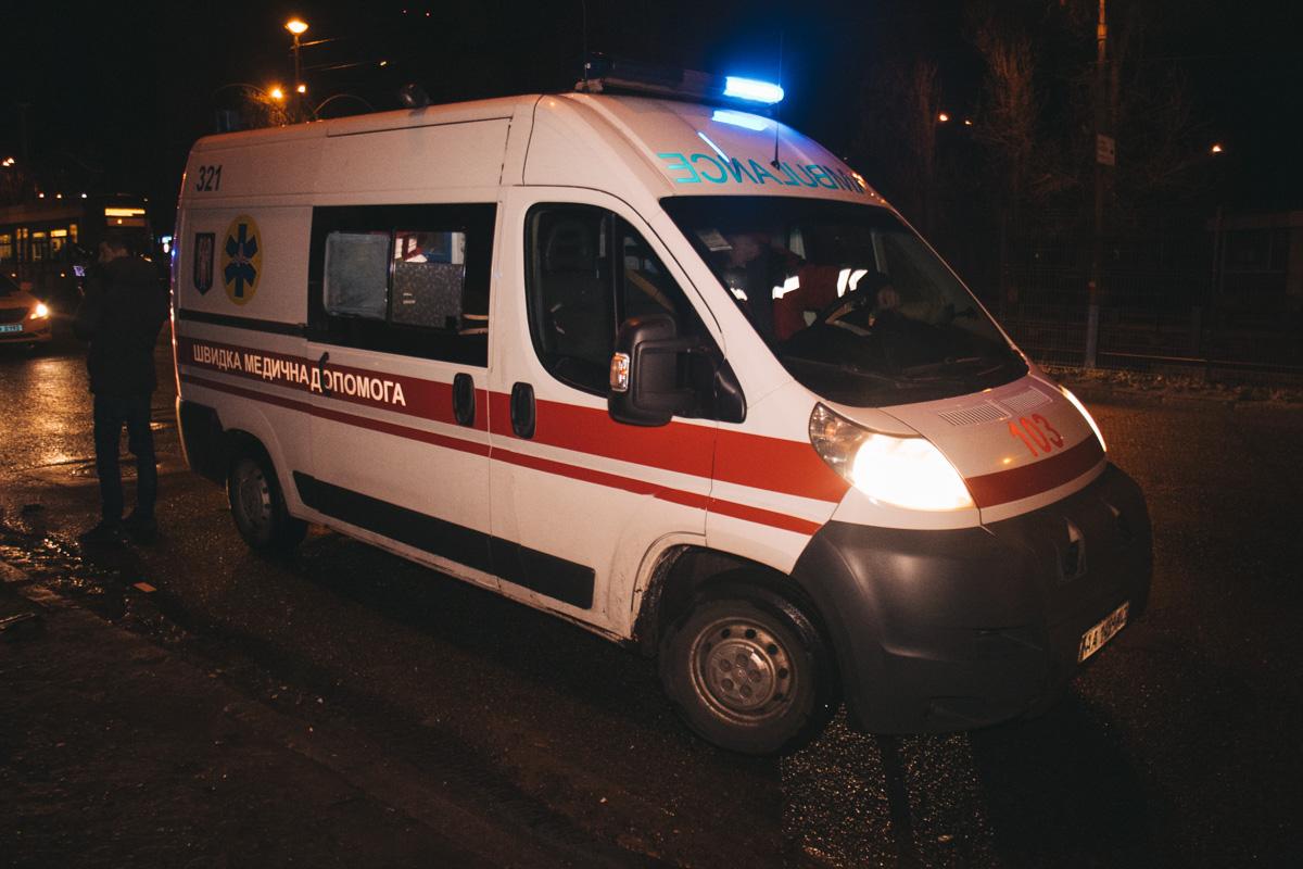 На Волині посеред ночі автобус врізався у віз з конем. Одна людина загинула. ФОТО