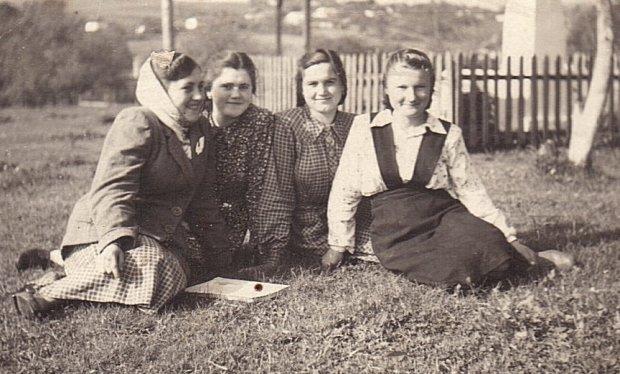 Як одягалися волинянки 100 років тому. РЕТРОФОТО