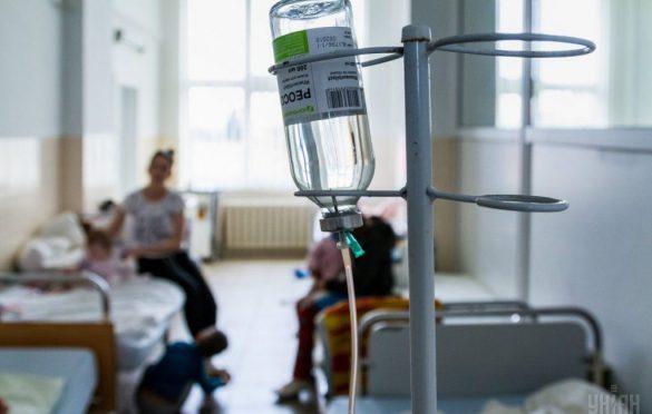 """13 потерпілих лікуються: подробиці отруєння у луцькій """"Фелічіті"""""""