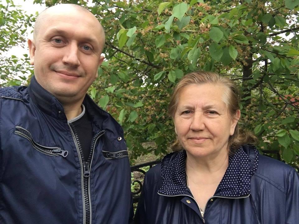 Про захоплення садівництвом і плани на розарій: розмова з Миколою Яручиком. ВІДЕО