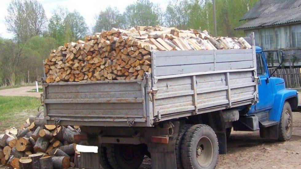 У Луцьку безкоштовно роздадуть дрова