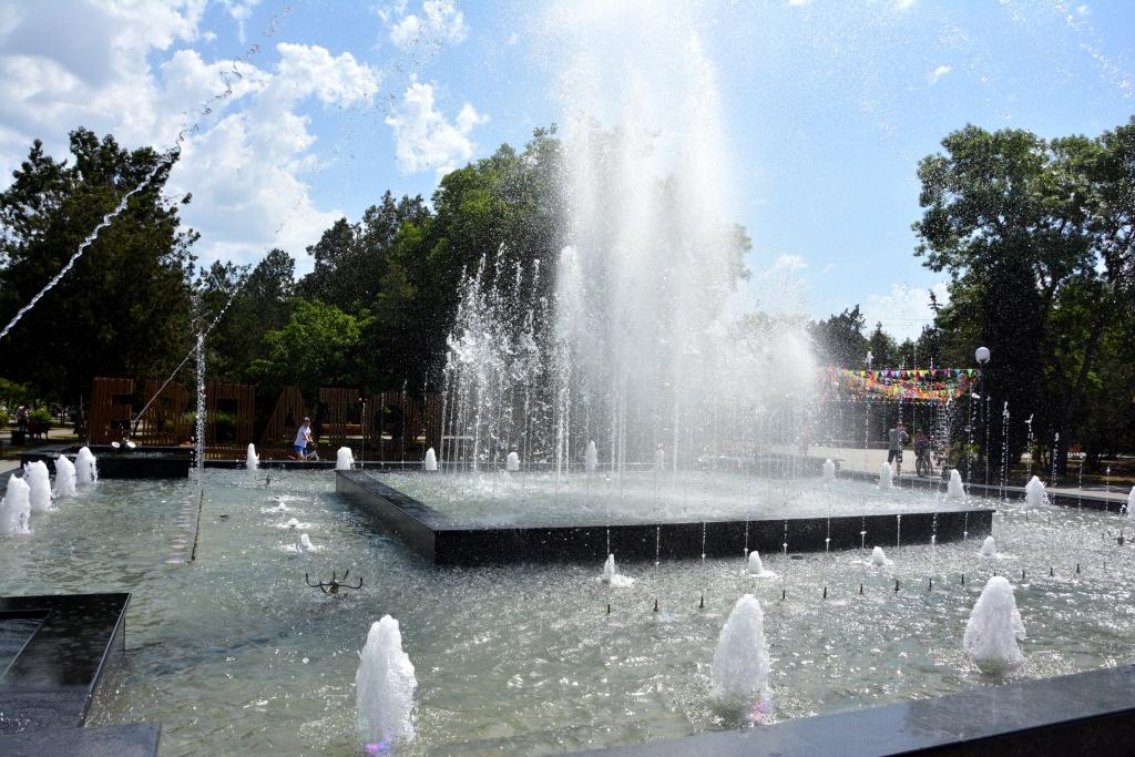 У Луцьку на Театральному майдані цьогоріч запрацює фонтан