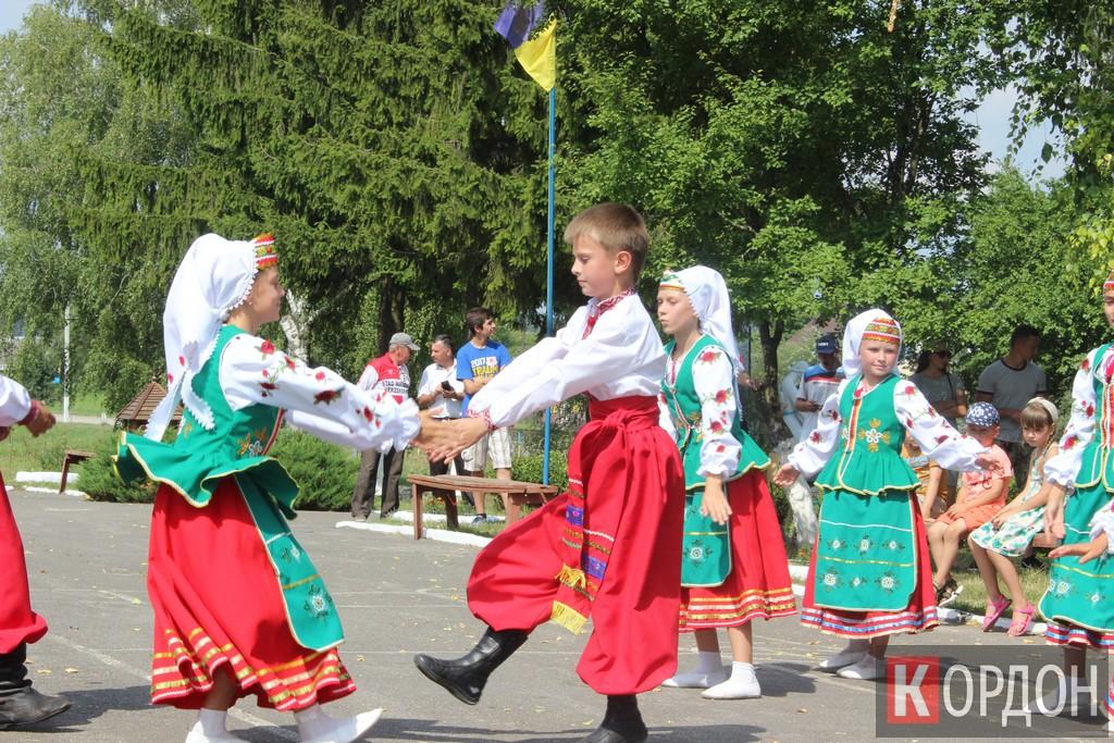 Як у селі на Волині  святкували 175-річчя школи. ФОТО