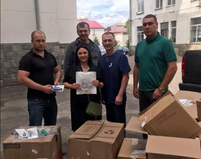 Волинська обласна лікарня отримала  благодійну допомогу від американців. ФОТО