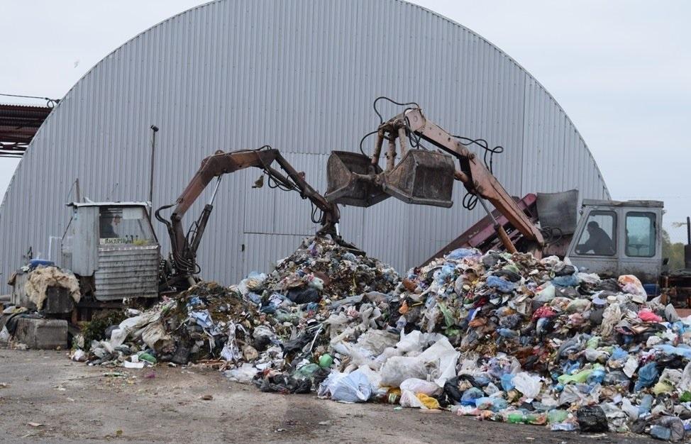 У Брищі знесуть сміттєсортувальну лінію