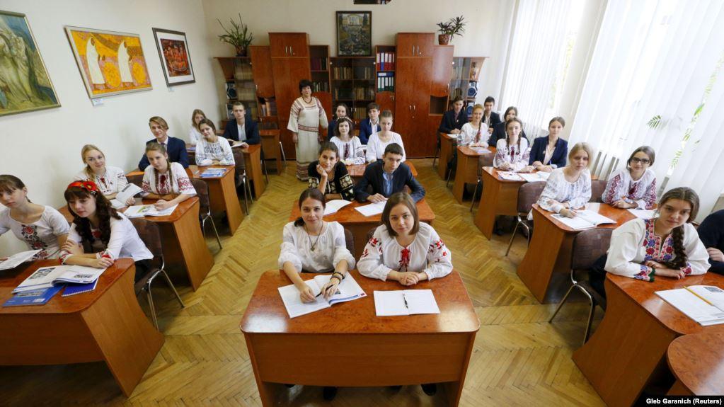Двоє волинян потрапили у ТОП-50 найкращих учителів України
