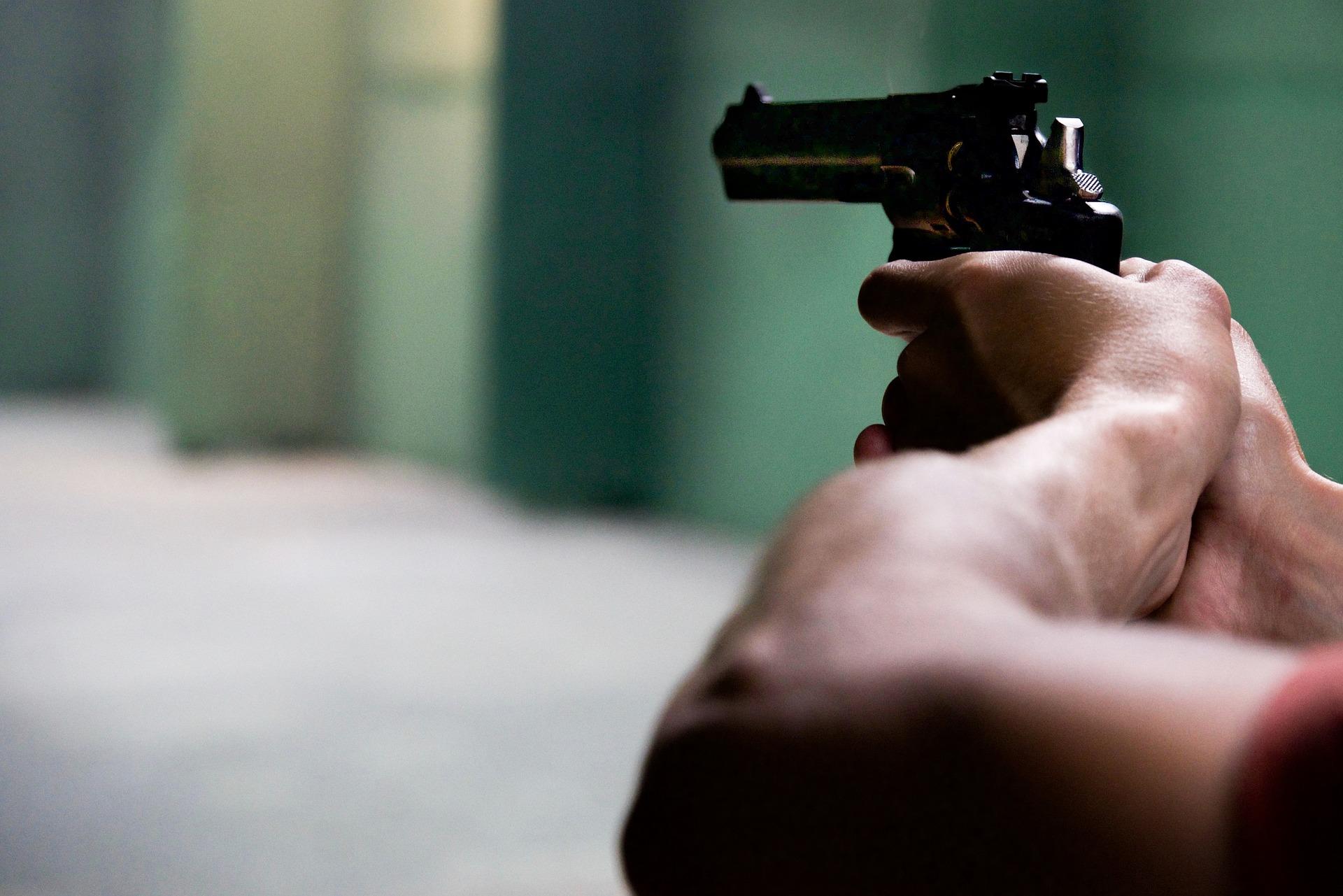 23-річний волинянин з пістолотем напав на перехожого