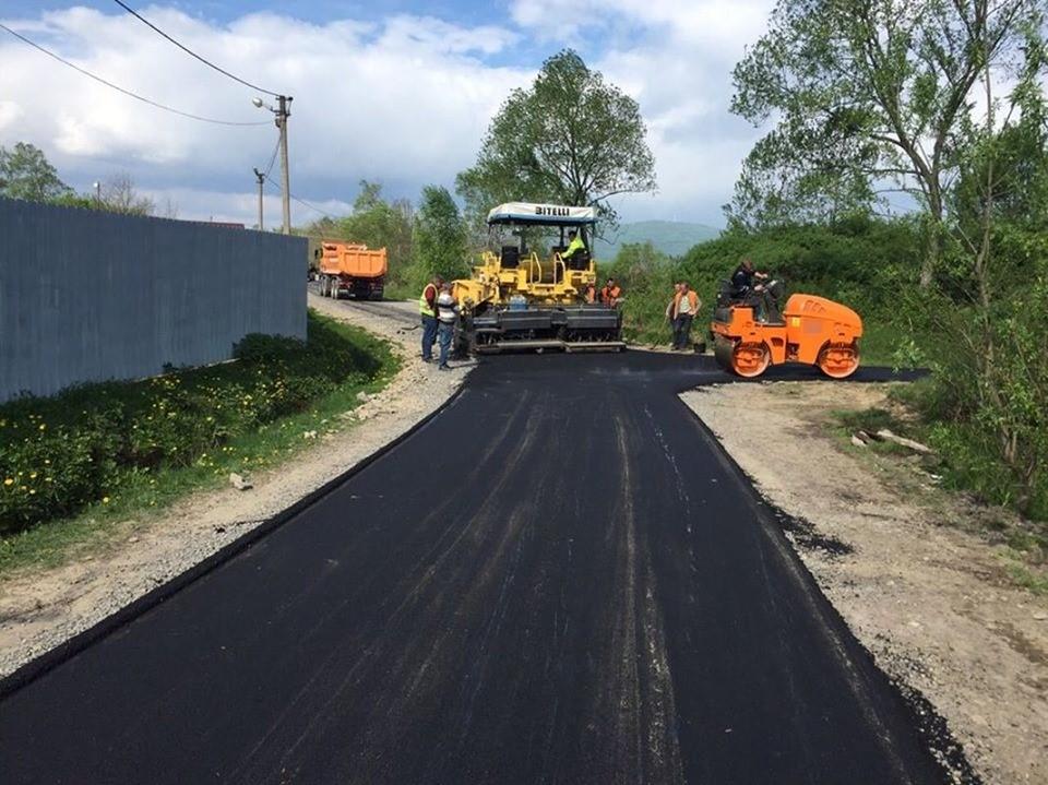 На Волині можуть перерозподілити кошти на ремонт комунальних доріг