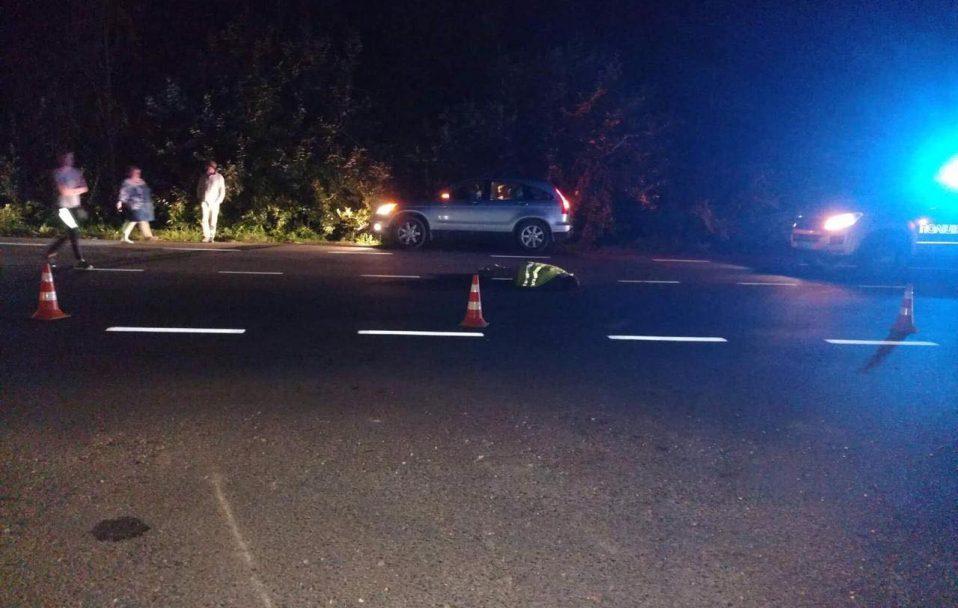 На Волині машина на смерть збила пішохода. Водій втік