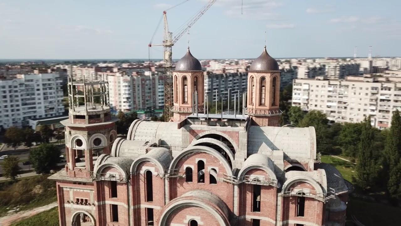 У кафедральний собор Луцька привезуть церквовні святині