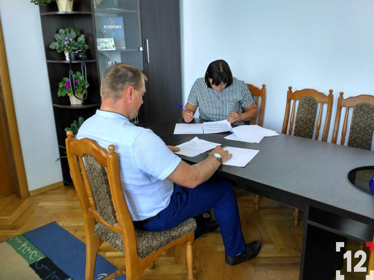 Скандал у школі на Ківерцівщині:  обирають нову директорку. ФОТО