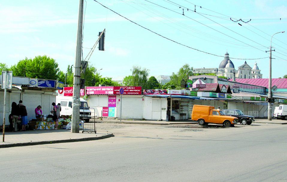 Старий ринок у Луцьку не працюватиме два дні