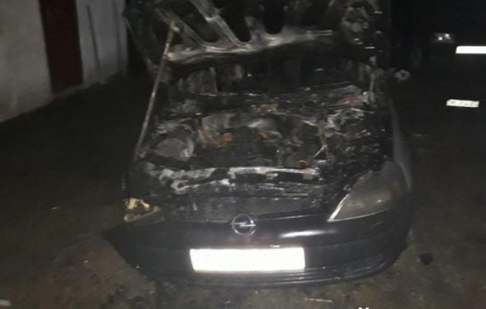 У селі на Волині вщент згоріла машина. Одна з версій – підпал. ФОТО